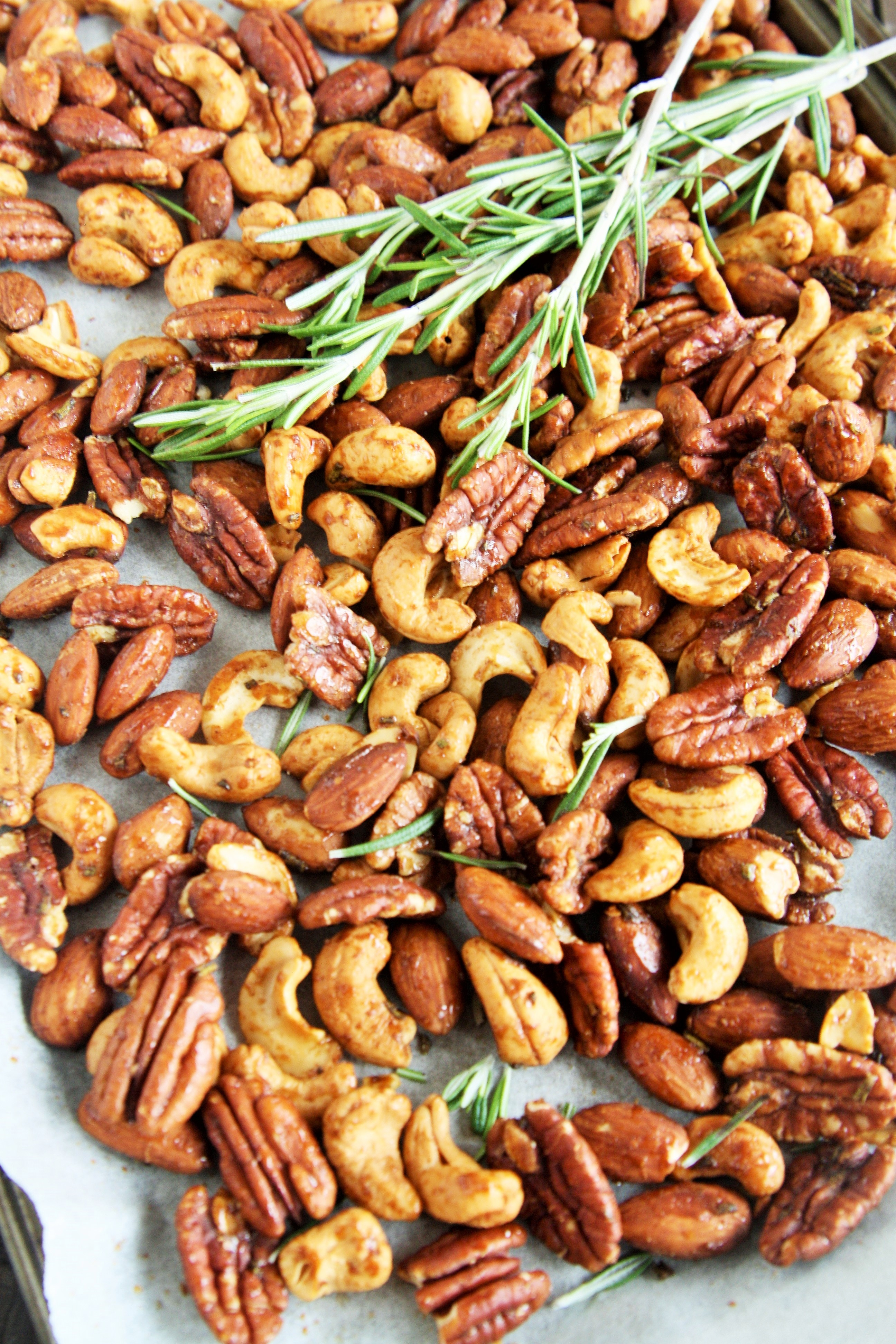 Communication on this topic: Rosemary and Olive Oil Roasted Cashews Recipe, rosemary-and-olive-oil-roasted-cashews-recipe/